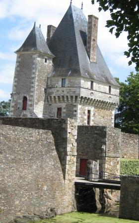 Chateau Goulaine Gate House