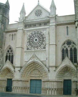 Poitiers St Pierre Cathedral